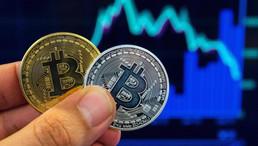 Long Term Bitcoin Indicator To Flip Bearish Ahead Of Next Manic Phase