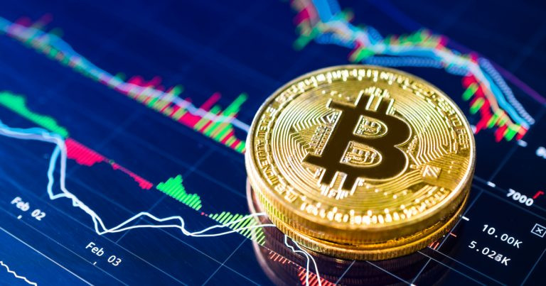 All Eyes On $8,000: Why Bitcoin Needs to Clear This Crucial Level