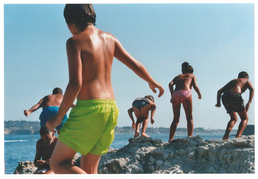 Born here - a journey in the South-East Sicily on C41 magazine