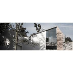 HOUSE ERWEE