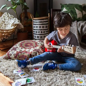 No Summer Camp? No Problem. Loog Guitars Offer Pay-What-You-Can Lessons