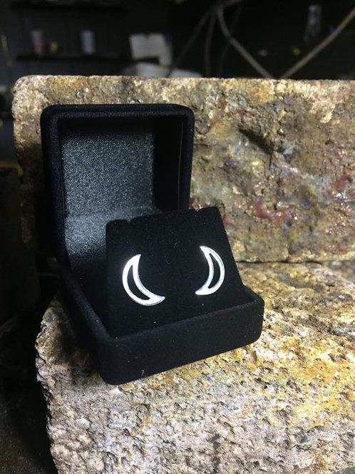 New Jewellery - Crescent Moon Studs