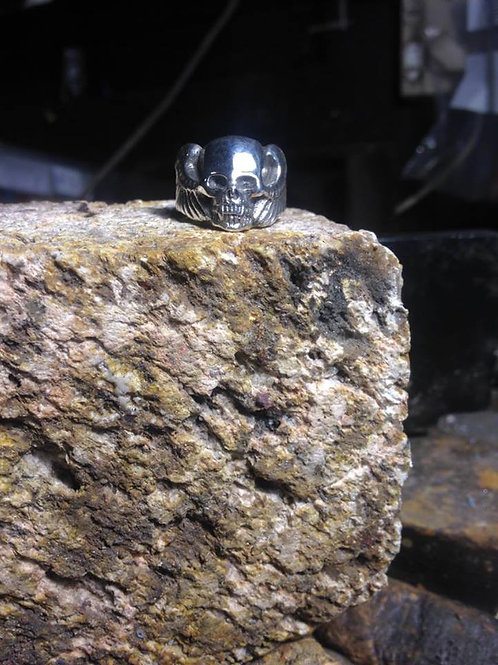New Jewellery - Large Flying Skull Ring
