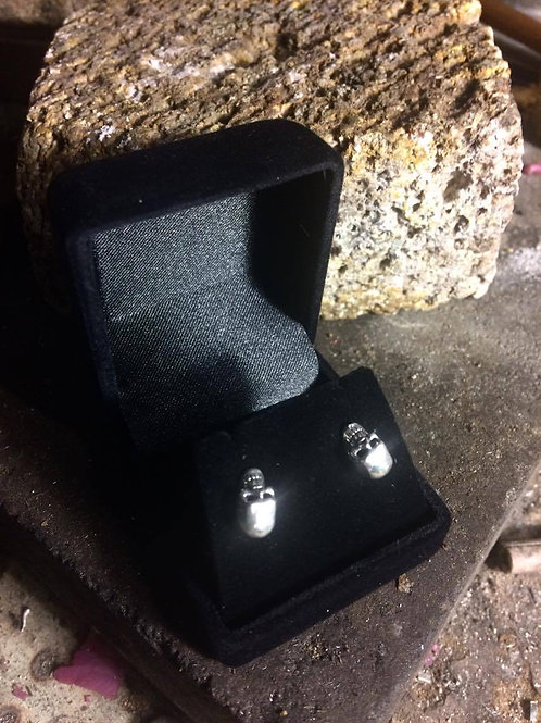 New Jewellery - Large 3D Skull Studs