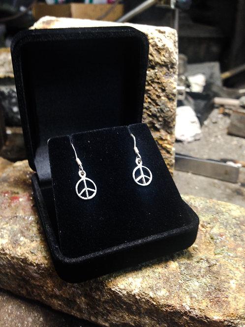 New Jewellery - Tiny Peace Sign Earrings