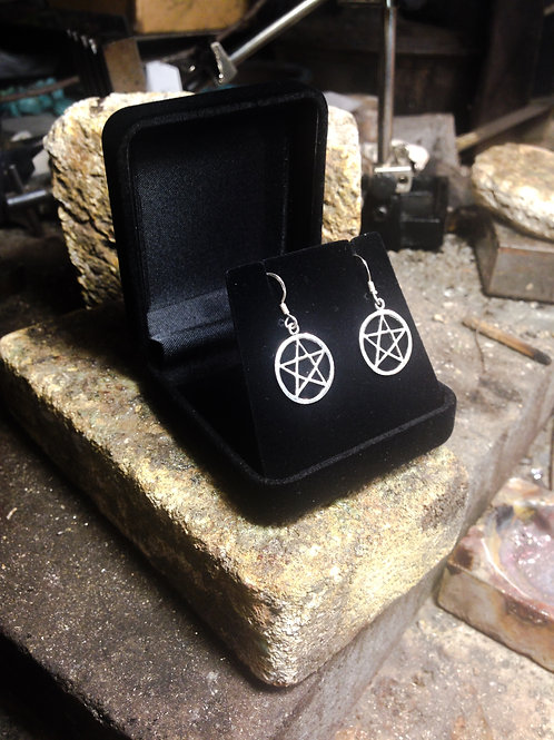 New Jewellery - Pentagram Earrings