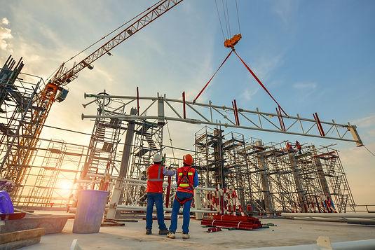 construction-worker-truss-installation (1).jpg