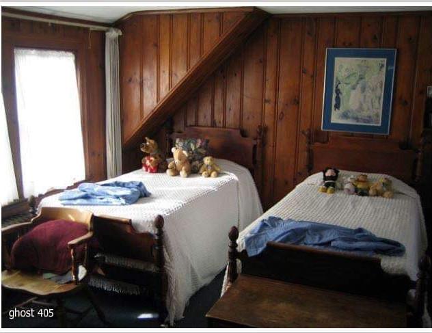 Rosehill bedroom