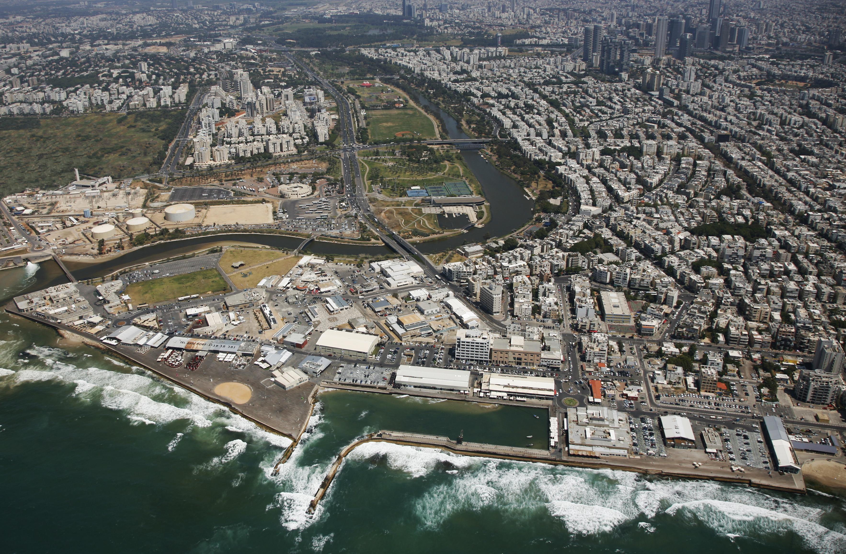 Tel_Aviv_Port_Lowshot