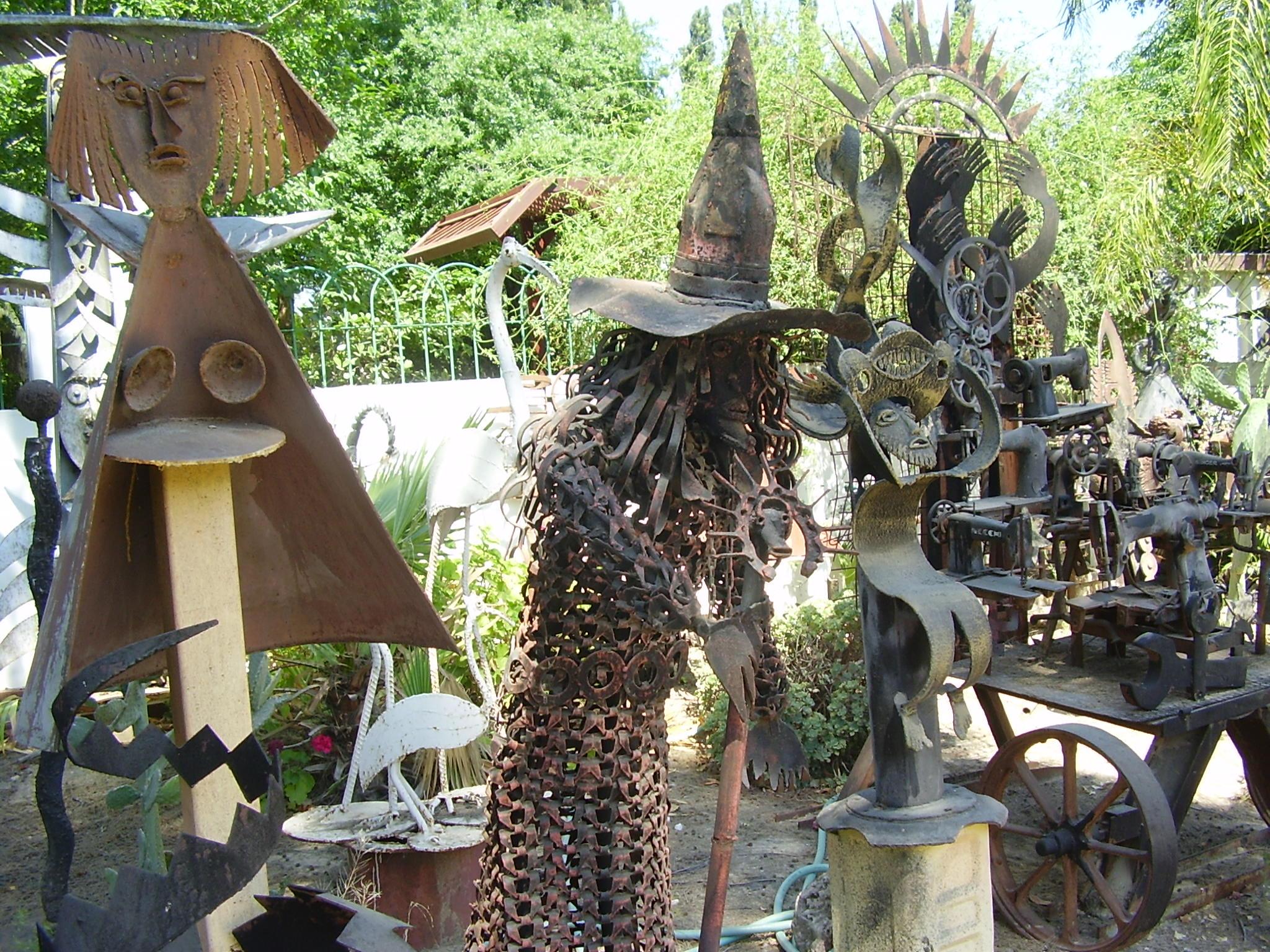 PikiWiki_Israel_20984_Yoma_Segev_sculpture_garden_in_Gedera