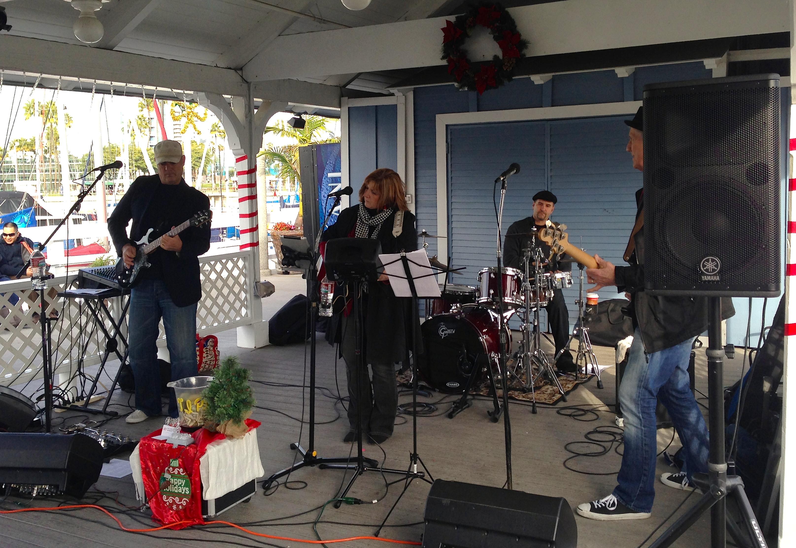 Shoreline Village Xmas Show 2013