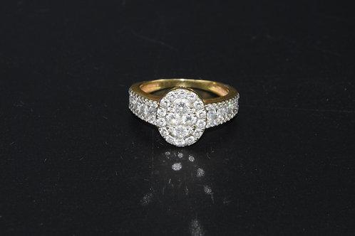 Bague moderne or jaune et diamants