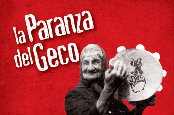 Signora anziana con tamburo_La Paranza Del Geco