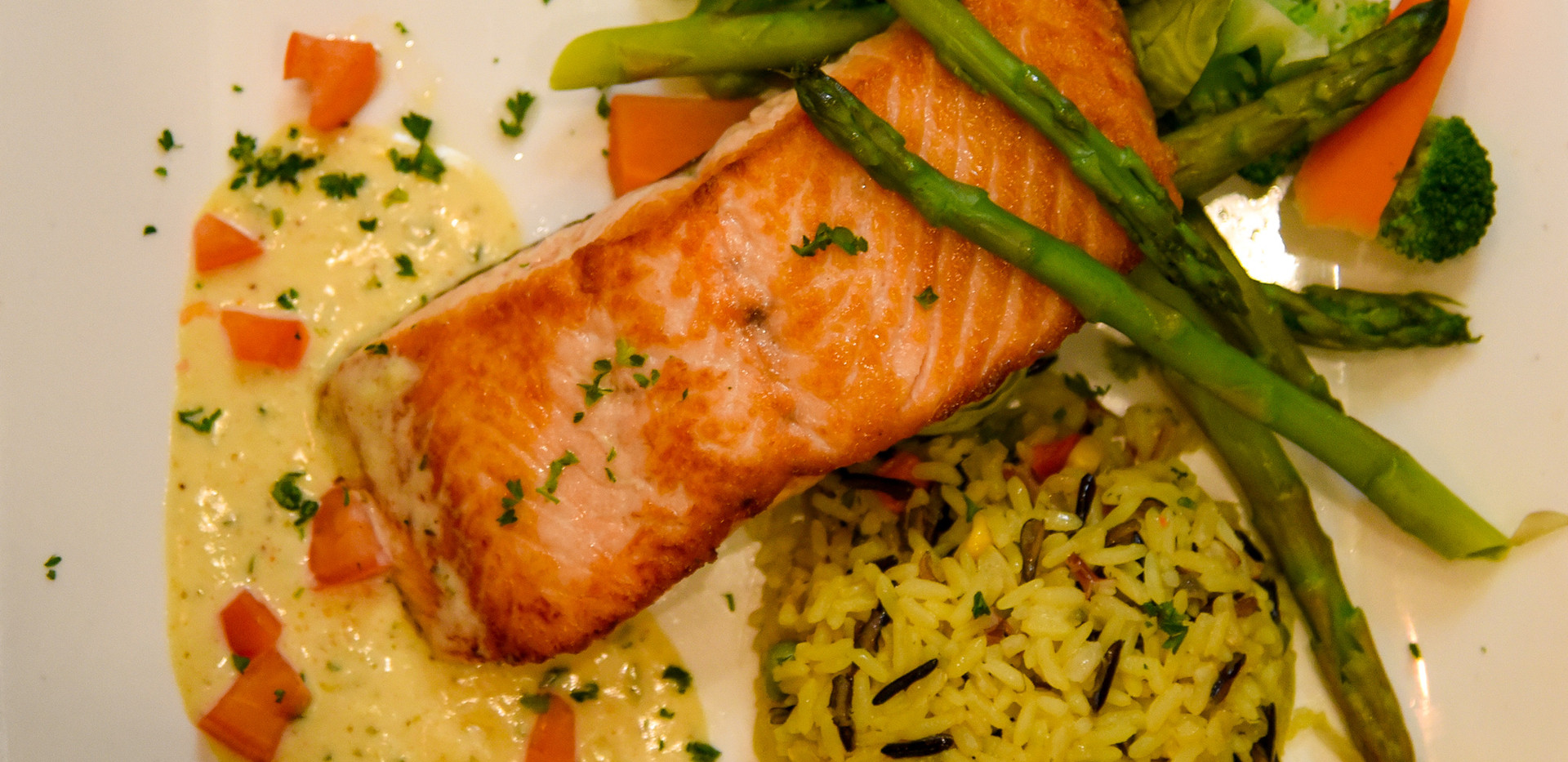 Salmon with rice pilaf and mixed veggies