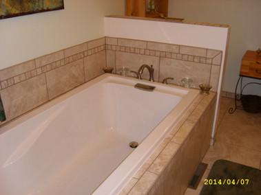 Custom tiled bath tub