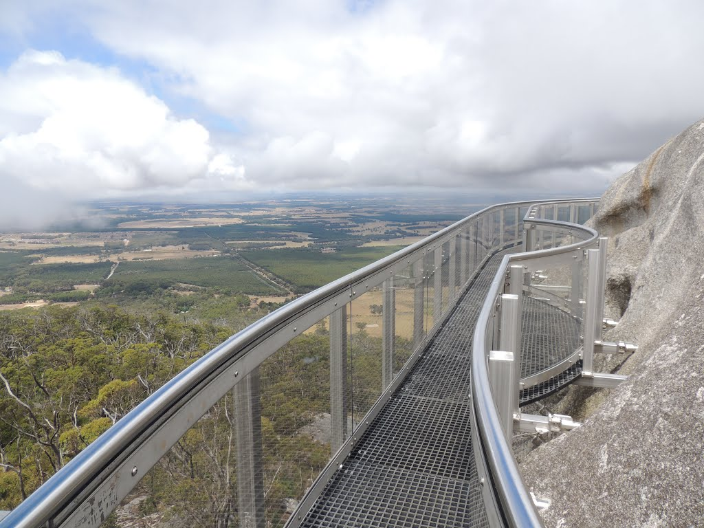 Granite Skywalk - Porongorups