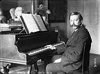 Enrique_Granados_1914_(2).jpg