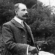 550px-Edward_Elgar.jpg