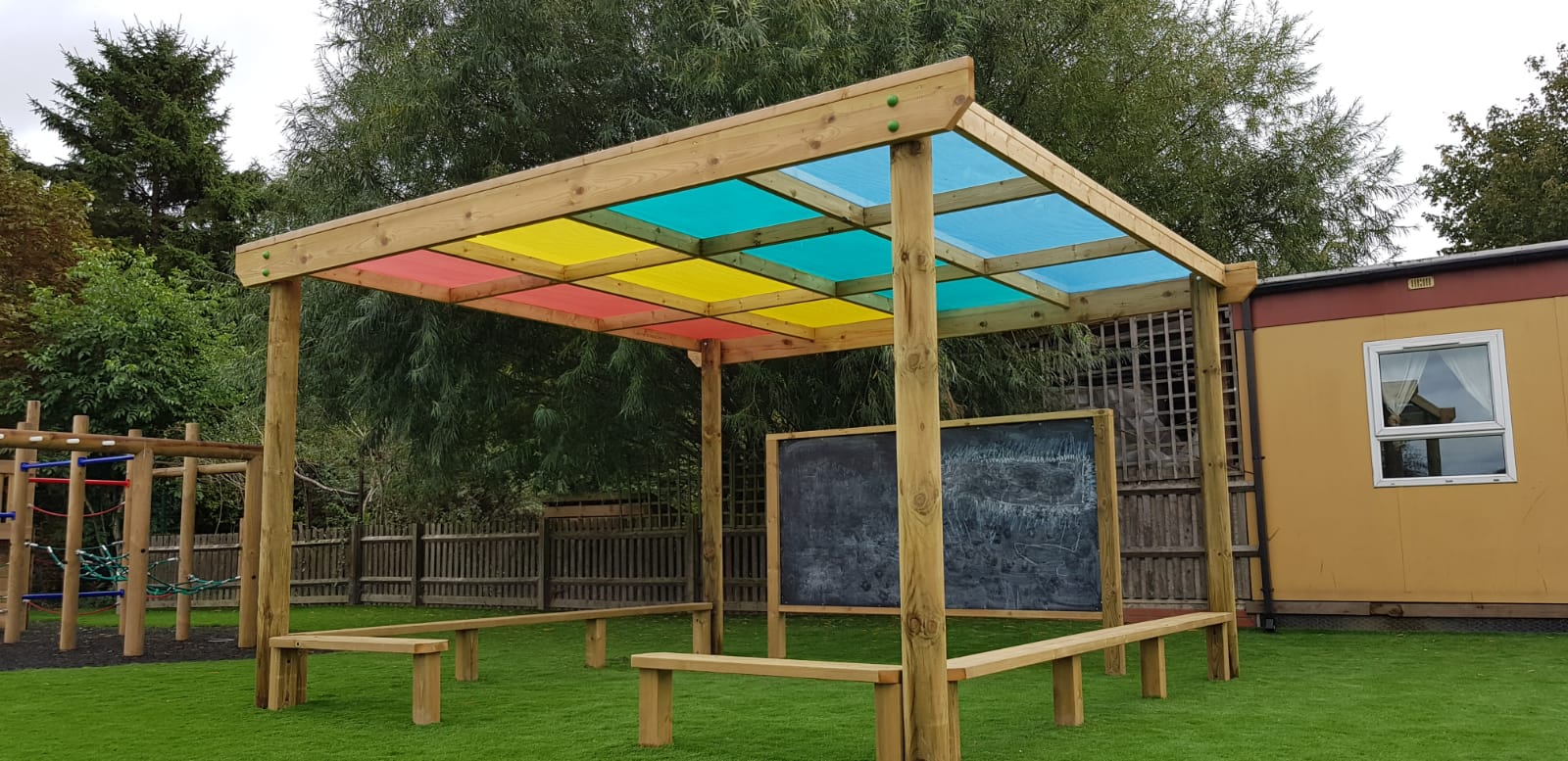 canopy-shelter-freestanding-1