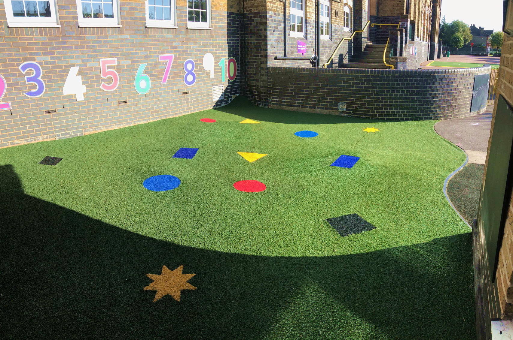 coloured-artifical-grass-5