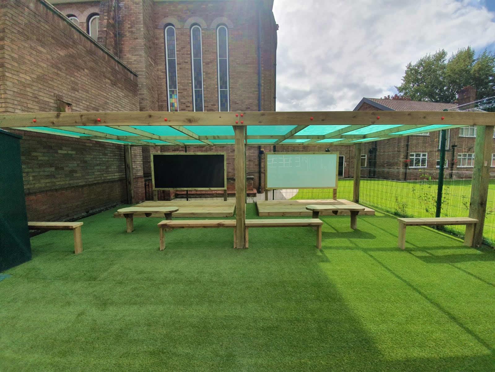 canopy-shelter-freestanding