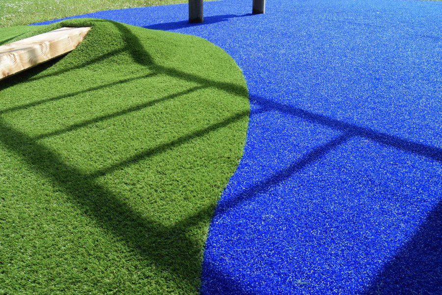 coloured-artifical-grass-2