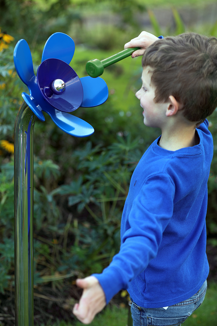 760x1140-harmony-flowers-indigo-p-boy-gr