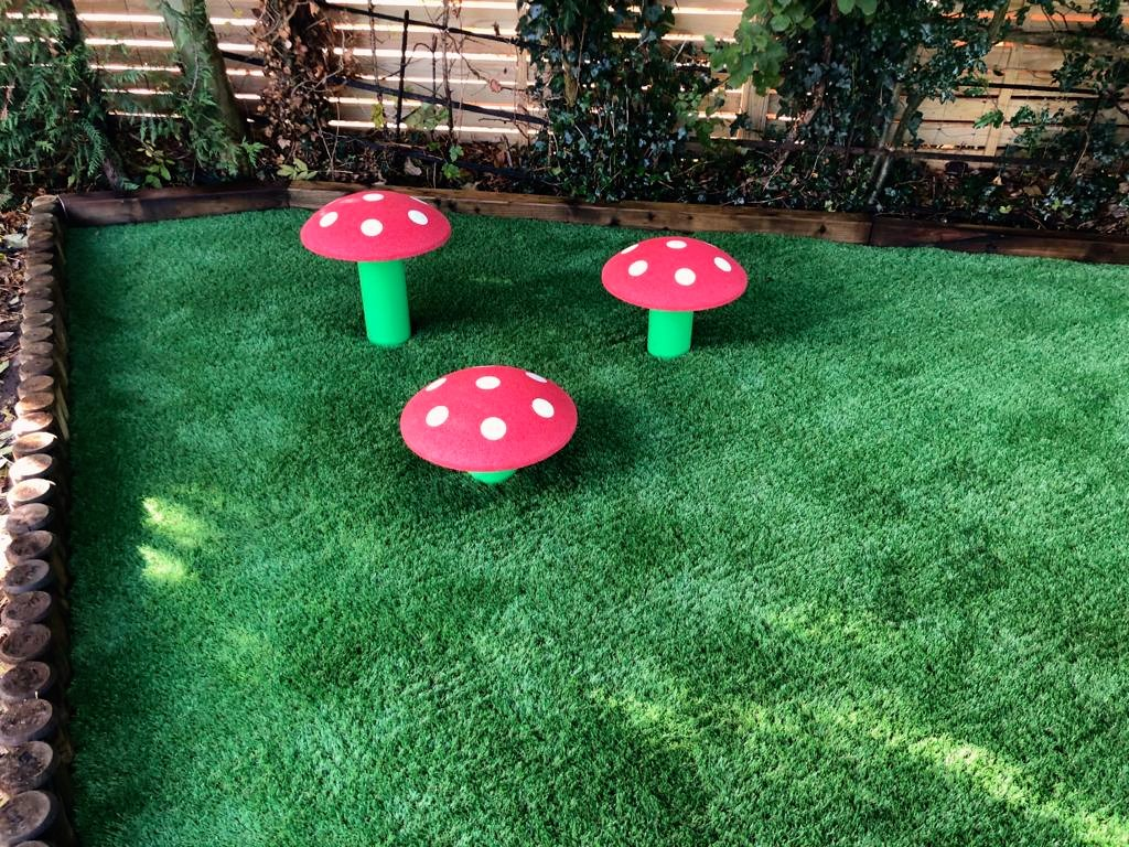 mushroom-seats-furniture-playgrounds-a