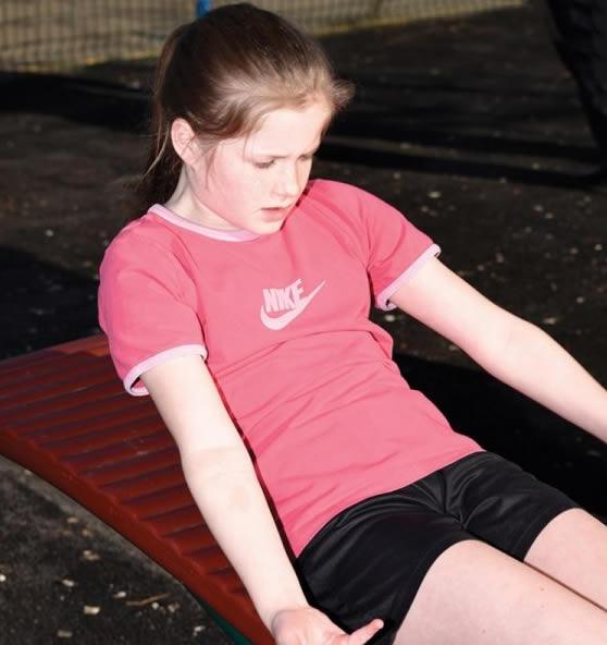 childrens-sit-up-bench-2-600x600jpg