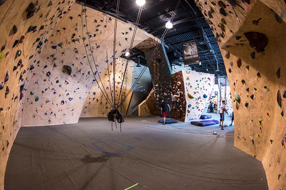 Indoor Climbing Gym - EPMS