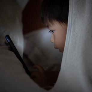 ¿Mi hijo abusa de las pantallas?
