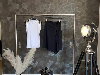 Outfit D. Schumacher: Shirt 260€, Rock 270€, Schuhe 350€