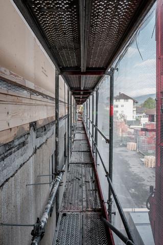 Fassadensanierung, Aufstockung