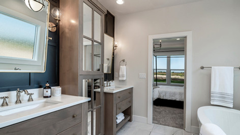 Bridgeport-36-Master Bathroom.jpg