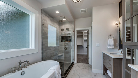 Bridgeport-35-Master Bathroom.jpg