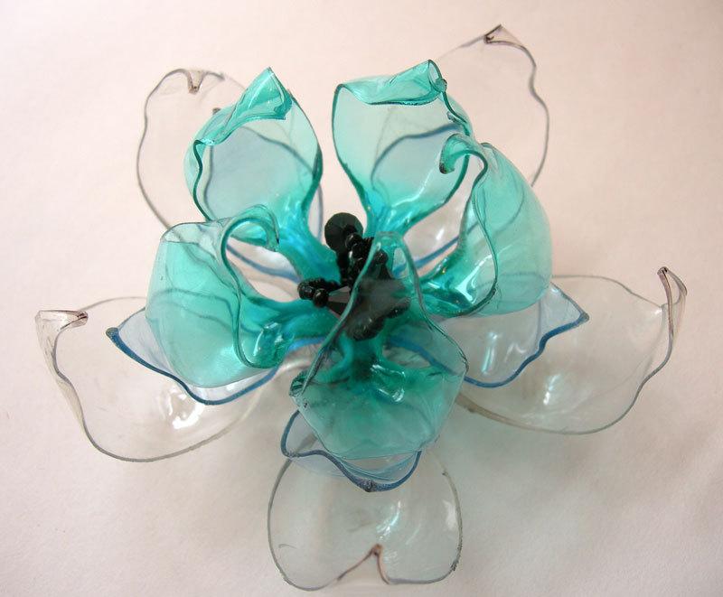Flower brooche