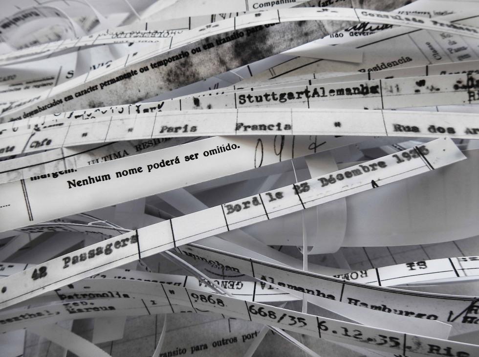 6.028 toneladas de registro [2018] impressão jato de tinta sobre papel de algodão, 110 x 85 cm