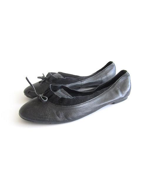 נעלי בובה שחורות מעור מידה 40