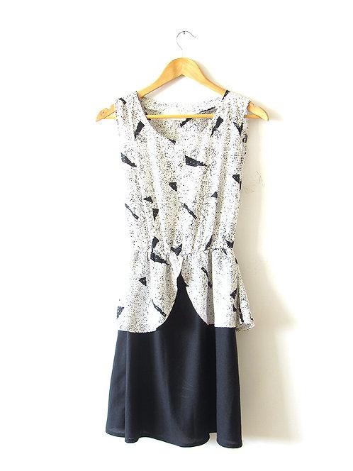 M שמלת וינטג' מקורית שחור לבן