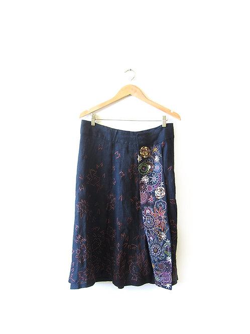 42 חצאית פשתן רקומה מידה