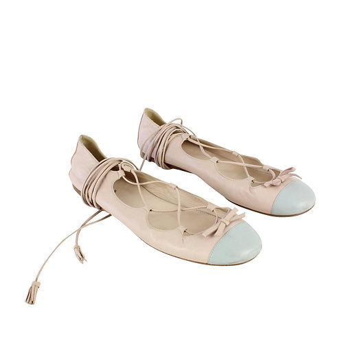 38   PRADA נעלי בובה עם שרוכים