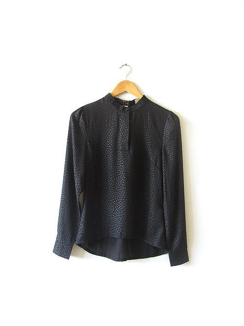 חולצה שחורה נק' מבריקות  מידה 36
