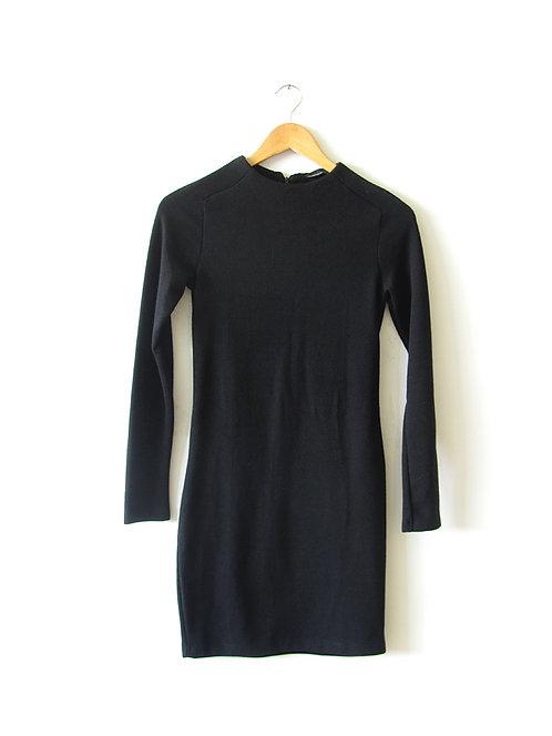 S שמלת סריג שחורה