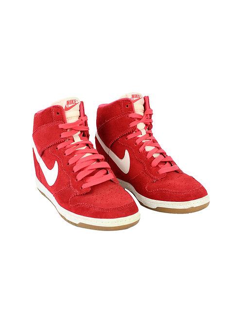 41 | NIKE נעלי סקיי היי אדומות