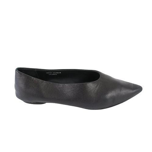 37 | COS נעלי סירה עור