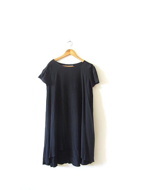 שמלת אוברסייז שחורה מידה 38