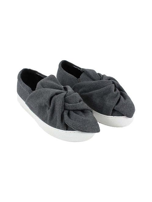 39 | נעלי לבד אפורות