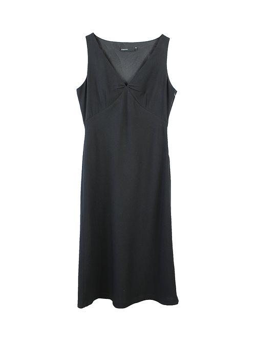 40   שמלת מידי שחורה