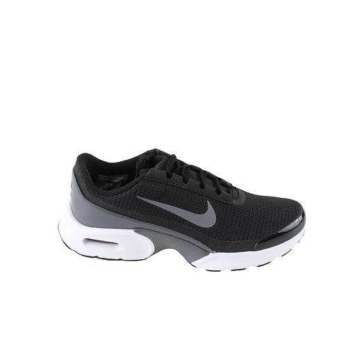 39 | NIKE נעלי ספורט
