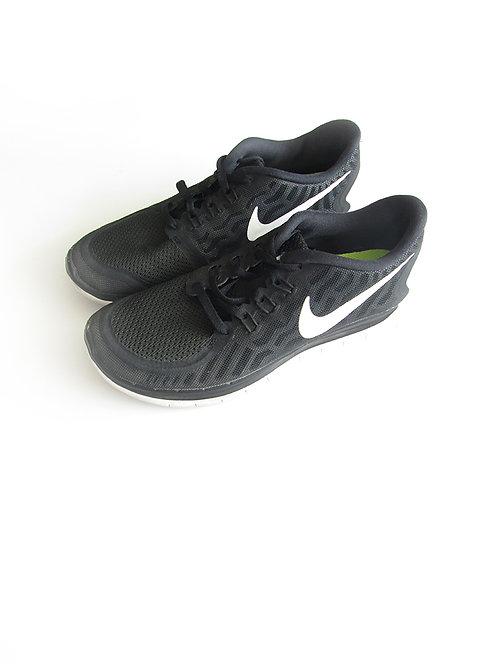 נעלי ספורט נייק מידה 38